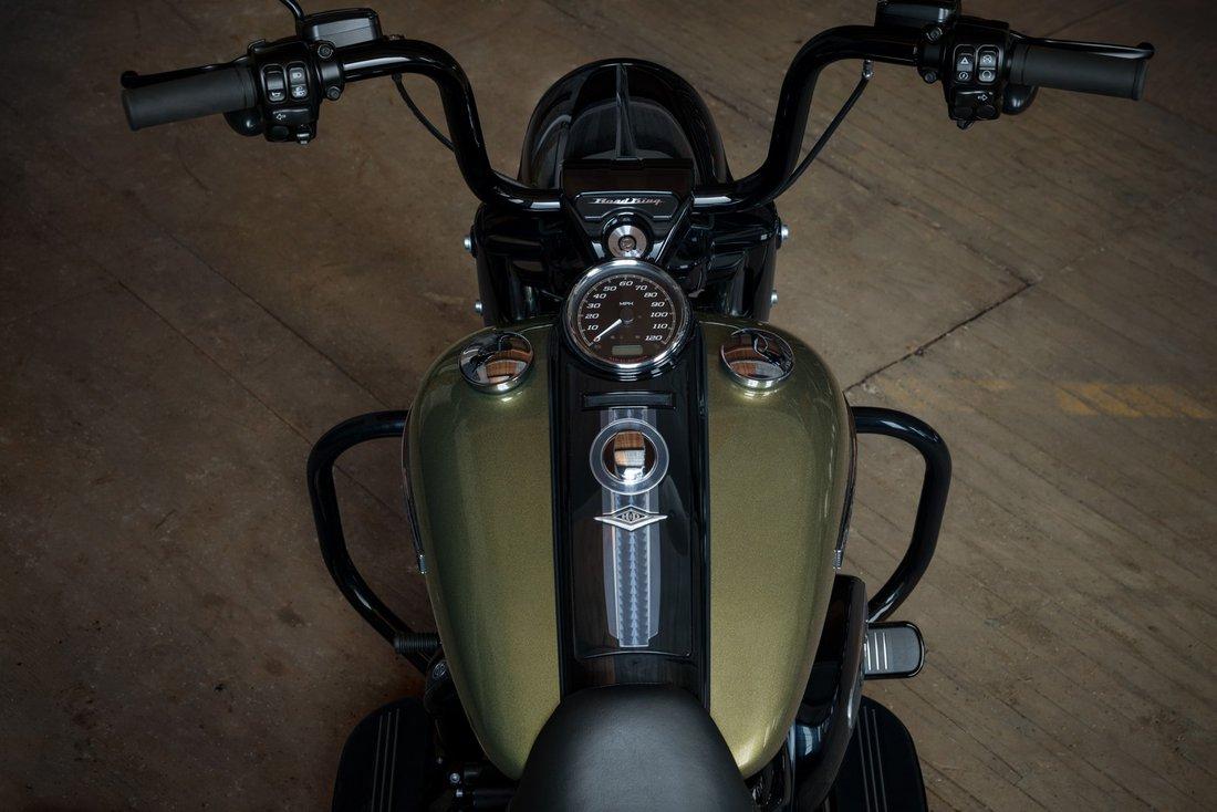 Harley-Davidson uvádza nový Road King Special 2017