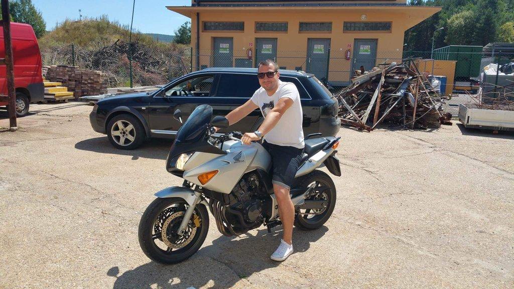 Honda CBF600S (2004) alebo ako sa z nemotorkára motorkár stal