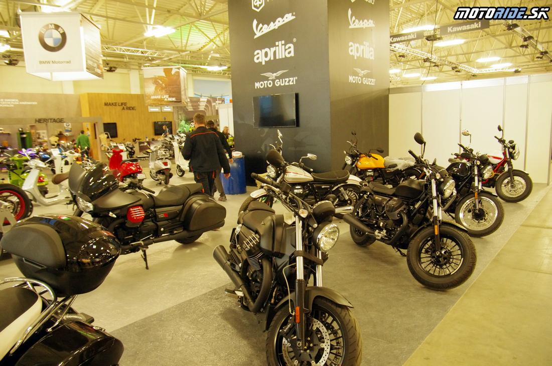 Piaggio / Aprilia / Moto Guzzi - Výstava Motocykel 2017 - 106 fotiek ešte pred otvorením