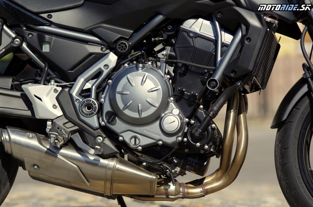 Sexi výfuk pod motorom - Kawasaki Z650 2017