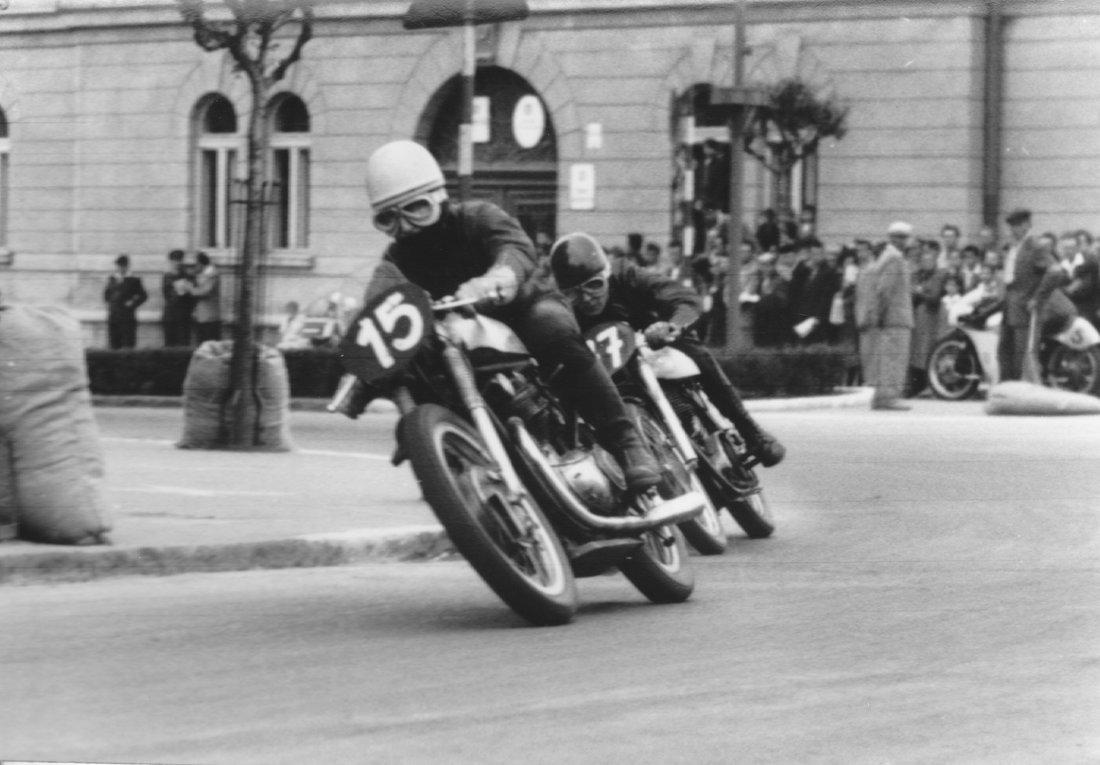 Gustáv Havel  - 17.5.1959 - Jawa 350 2xOHC 1959 - cestný pretekársky špeciál