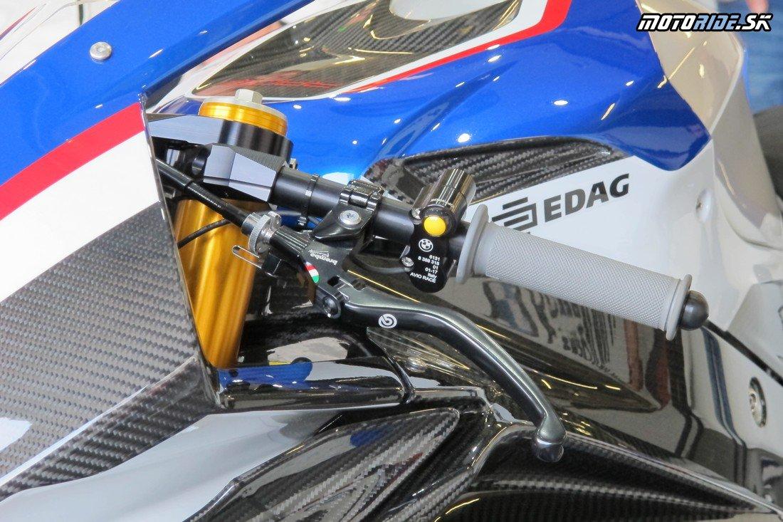 Boli sme pri európskej premiére rakety BMW HP4 Race, vyskúšali sme S1000RR