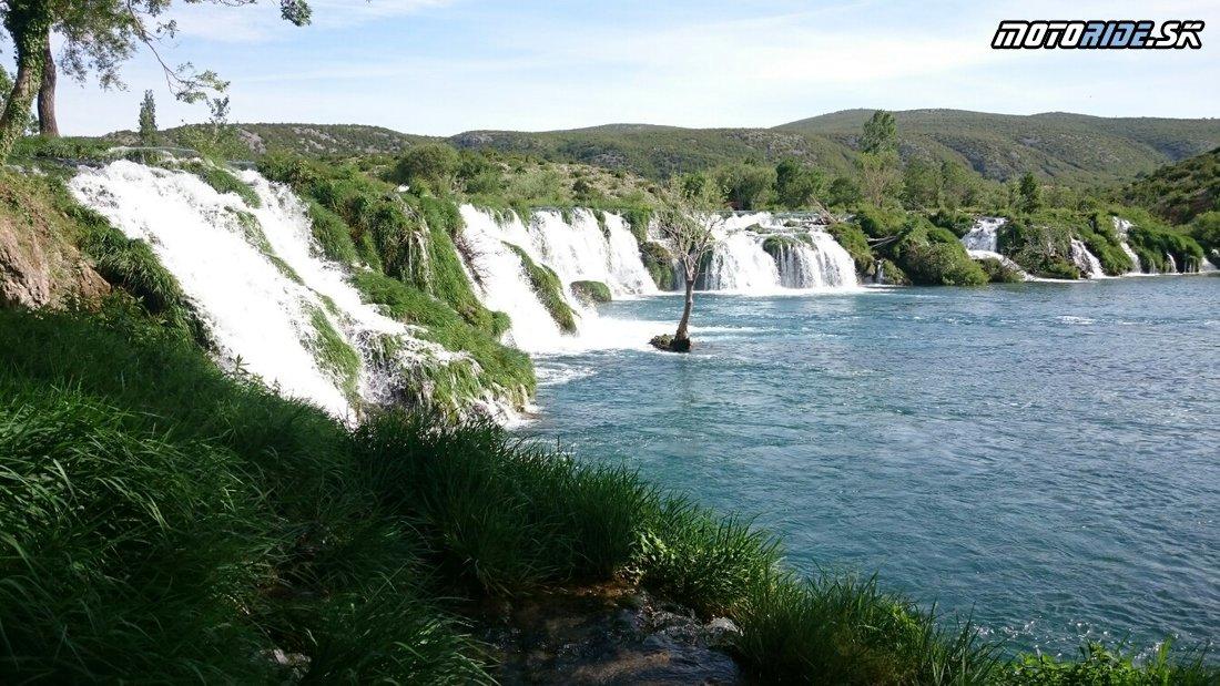 Vodopád na rieke Zrmanja - V okolí Zadaru testujeme erkové KTM 1090 a 1290 adventúry