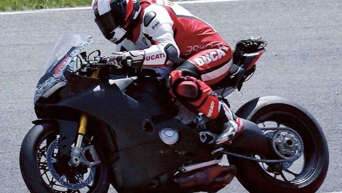 Ducati testuje nový superbike - bude mať V4 motor?