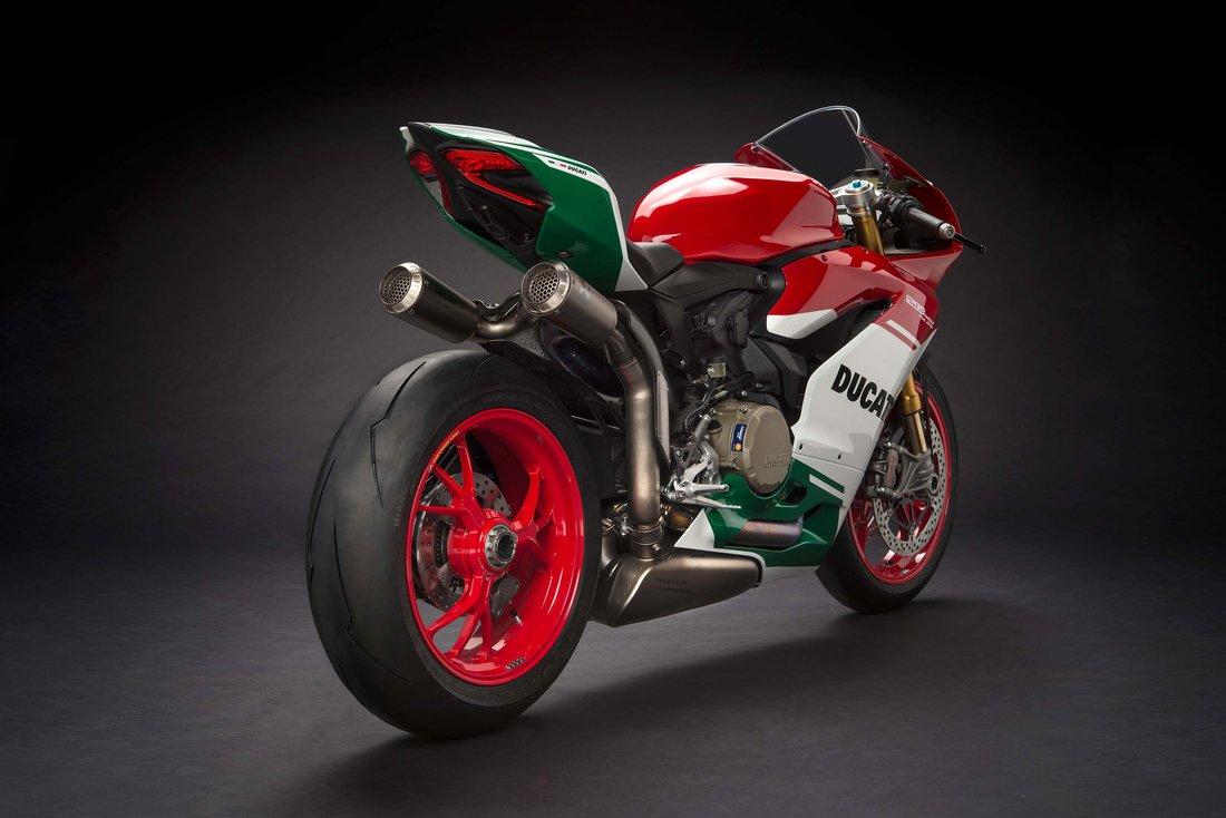 Šéf Ducati Domenicali opisuje bližšie detaily nového V4 superbike