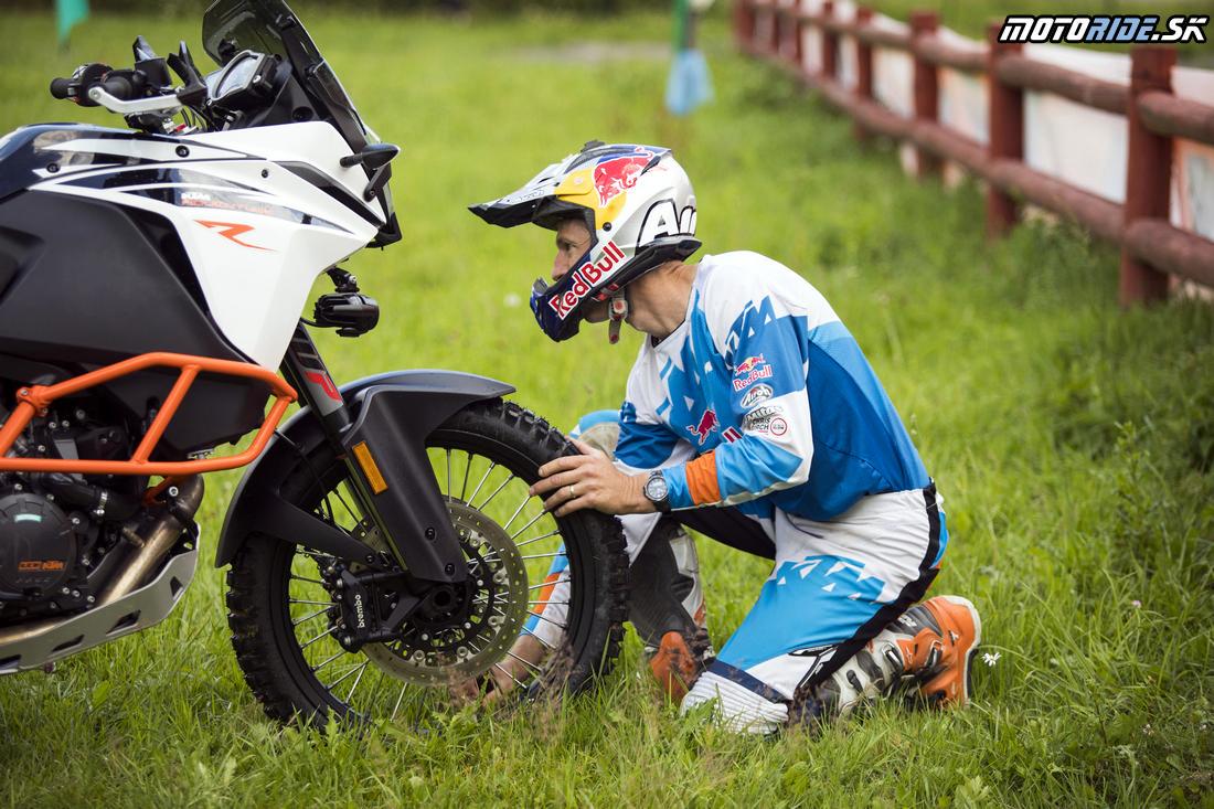 Enduro tréning s legendou: Chris Birch v Kopernici - KTM 1090/1290 Adventure R 2017