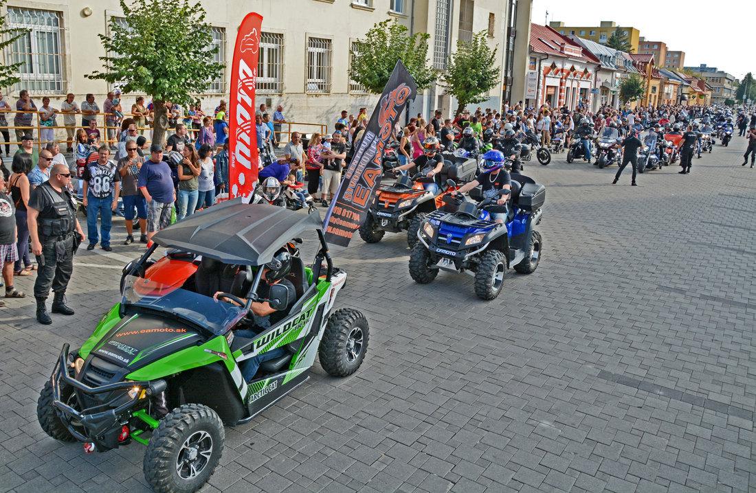 Pozvánka: Motozraz Sveta motocyklov: 16-ty ročník už opár dní!