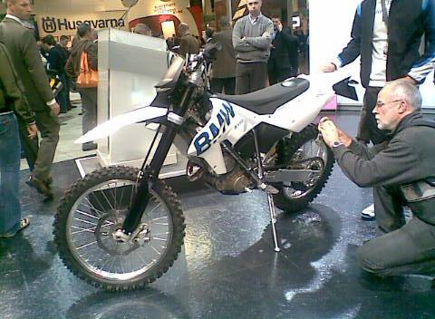 Miláno 2008 - BMW G 450