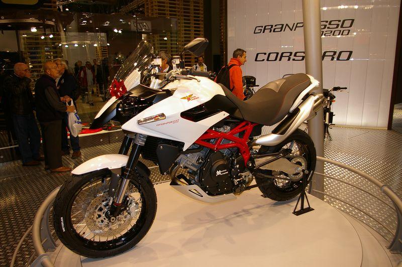 Miláno 2007 - Moto Morini Granpasso 1200