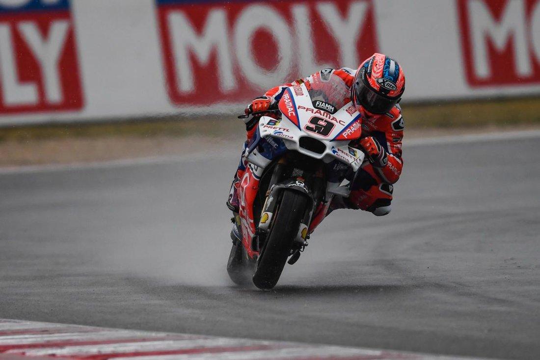 MotoGP 2017 - VC San Marina - nuda a prekvapenia na vode, vyhráva Marquez