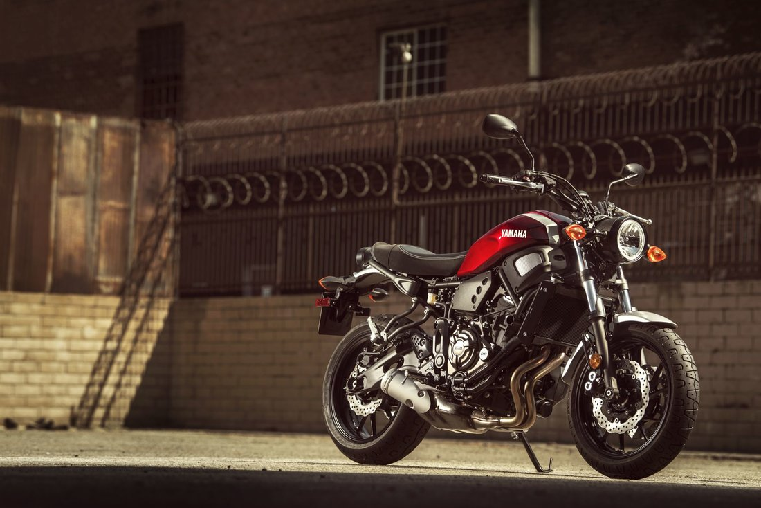 Yamaha XSR700 2018, Brilliant Red-53731