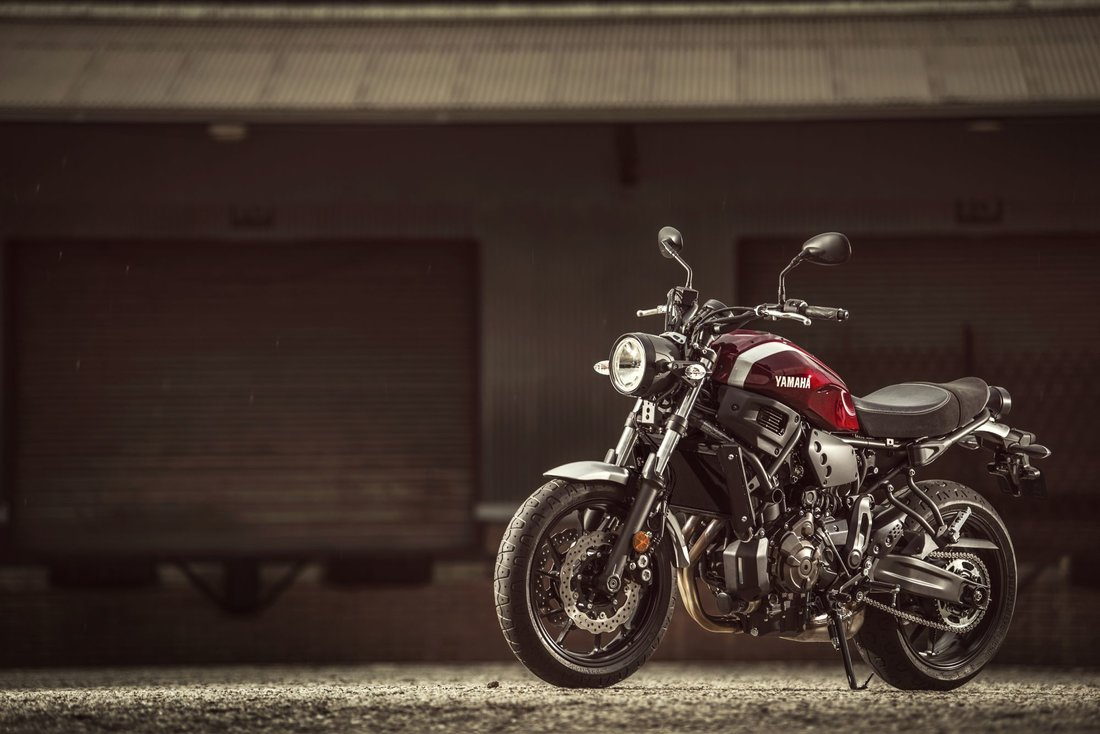 Yamaha XSR700 2018, Brilliant Red-53732