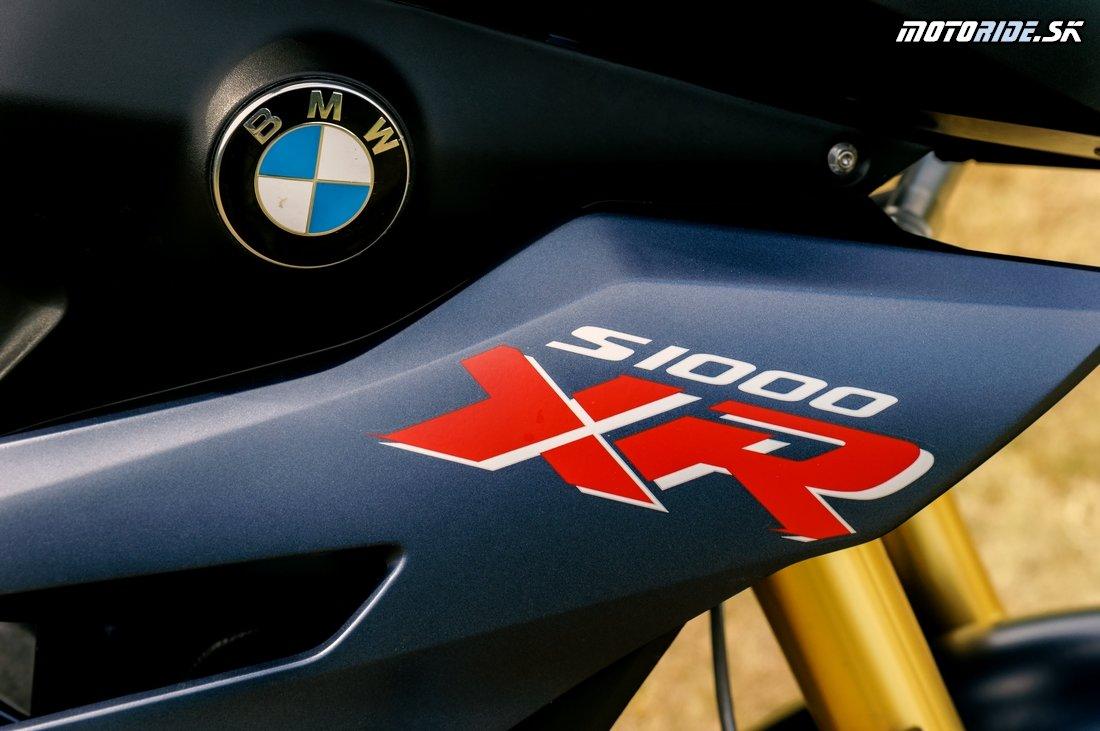 Test divokého superšportového turistu BMW S 1000 XR 2017