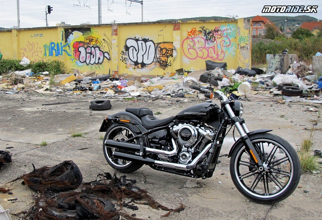 Harley-Davidson FXBR Breakout 2018