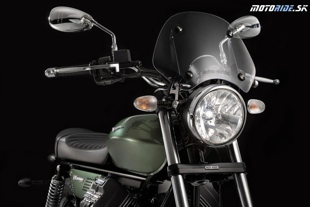 Moto Guzzi V9 Roamer 2018