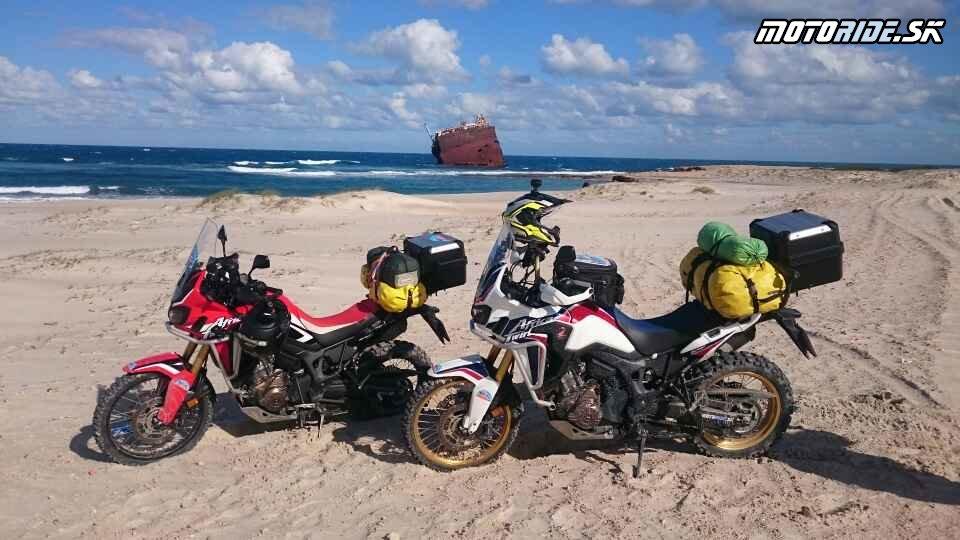 Raf Raf, Bizerte - Naživo: Na Afrikách do Afriky - Africa Twin Tunisia Adventure