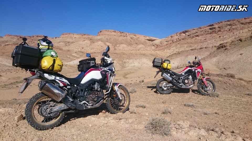 Romelova cesta - Naživo: Na Afrikách do Afriky - Africa Twin Tunisia Adventure
