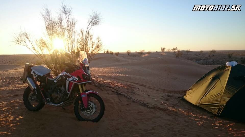 20.11.2017 19:59 - Naživo: Na Afrikách do Afriky - Africa Twin Tunisia Adventure
