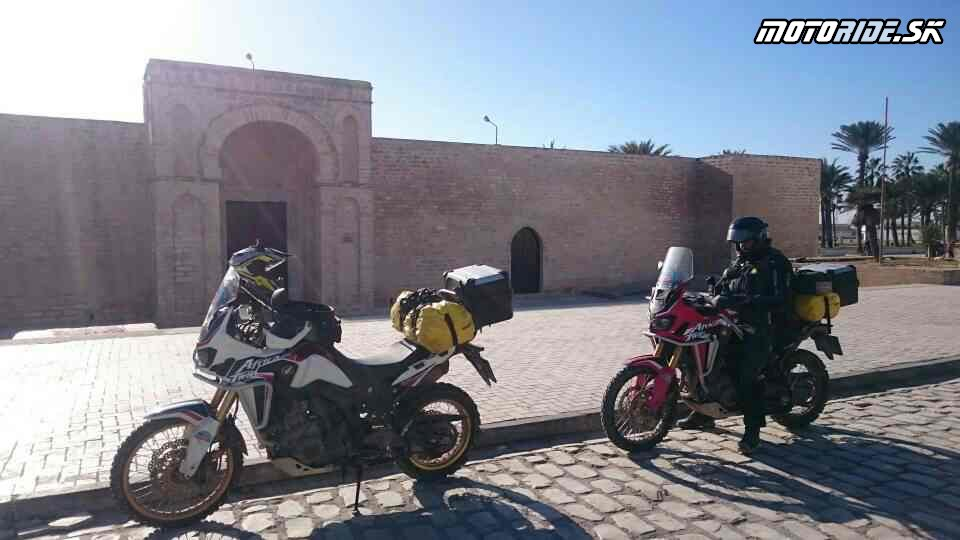 28.11.2017 14:19 - Naživo: Na Afrikách do Afriky - Africa Twin Tunisia Adventure