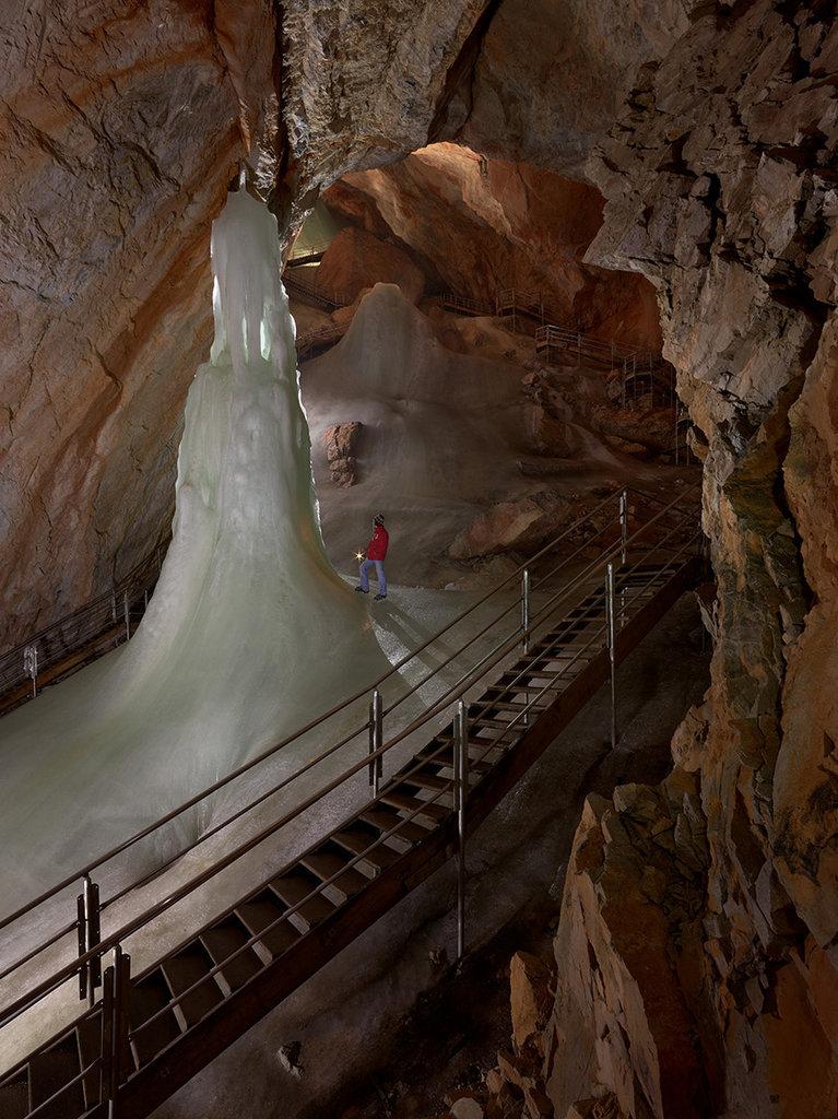 Ľadová jaskyňa Eisriesenwelt, Rakúsko - Bod záujmu