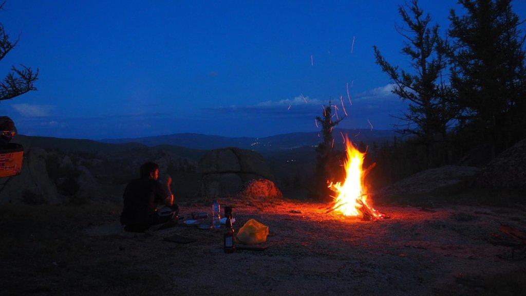 Večer pri ohni