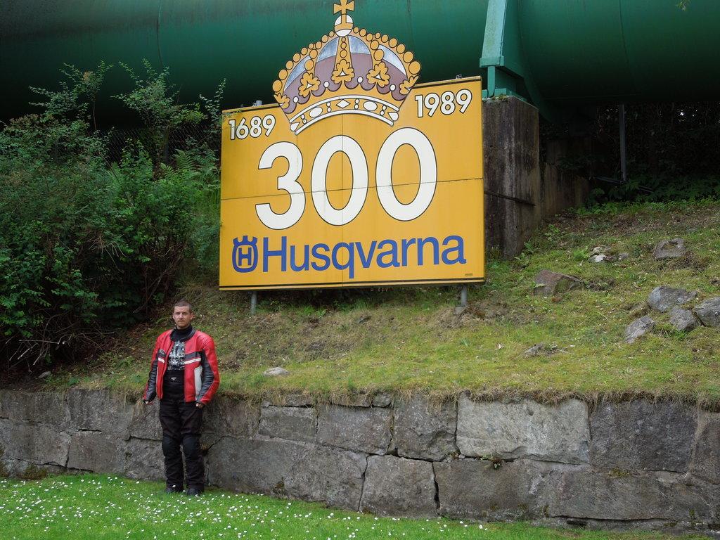 Pred múzeom Husqvarna