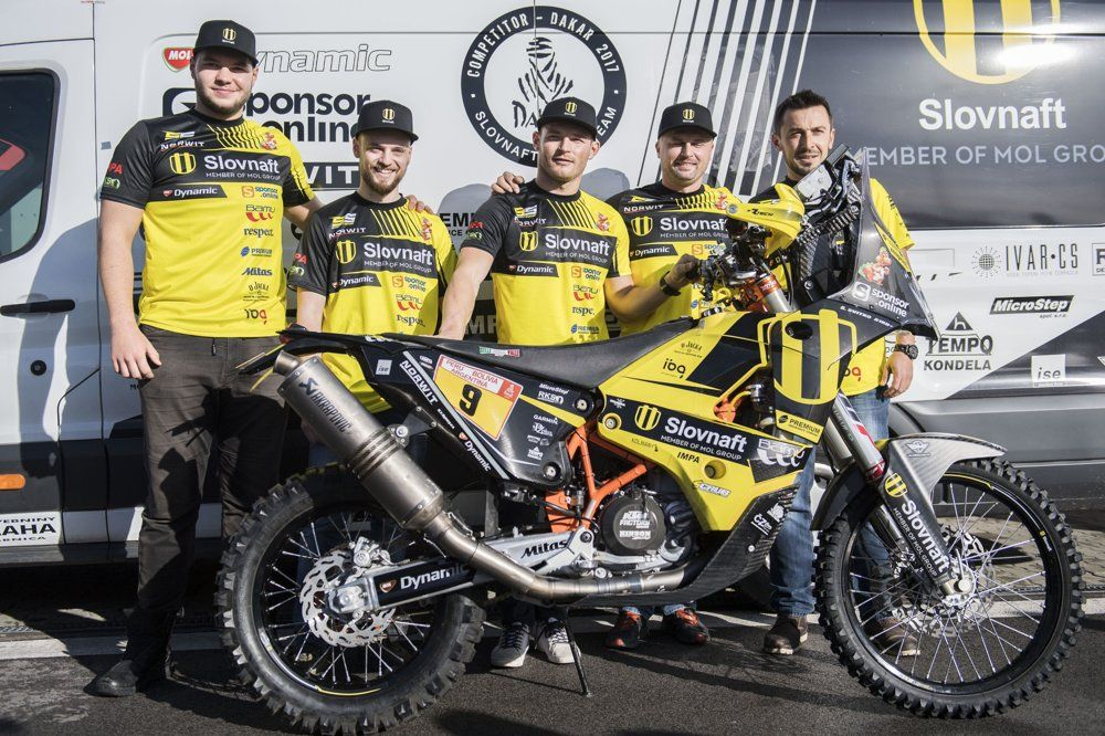 Dakar 2018 - Štefan Svitko so svojim tímom