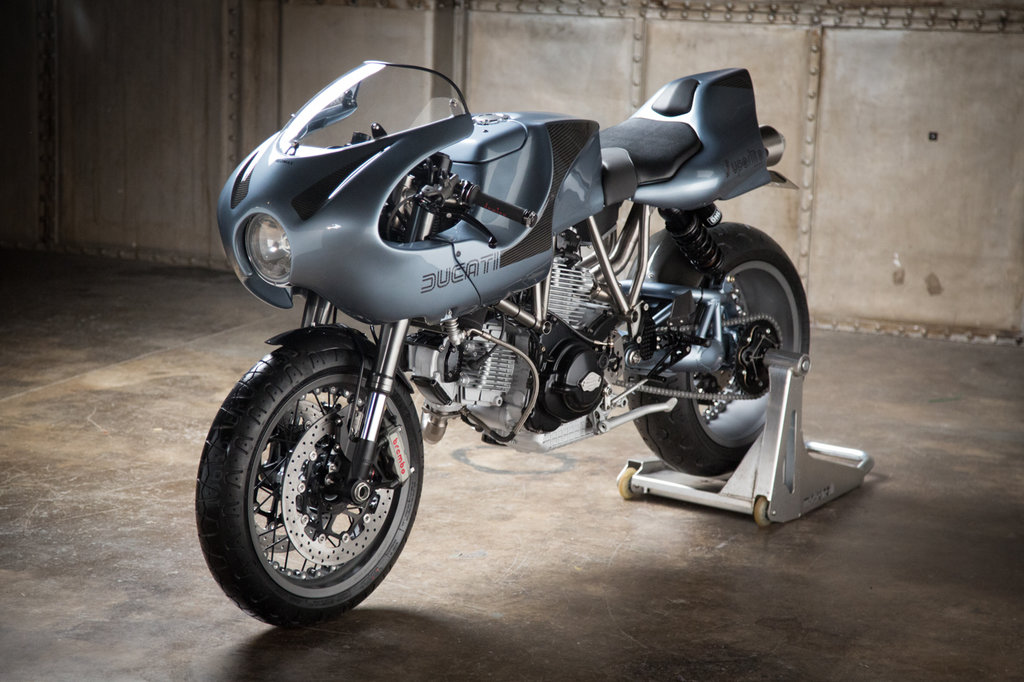 Ducati-M900-superlite-10