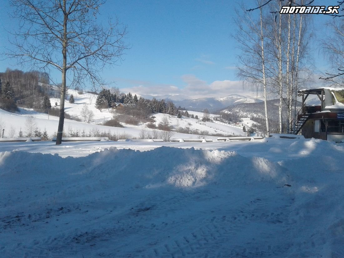 Areál BMT Lúčky - Pozvánka: Stretko ľadových medveďov 2018, Brezno - motorky, zima, sneh, preteky, pioniere a skvelá zábava