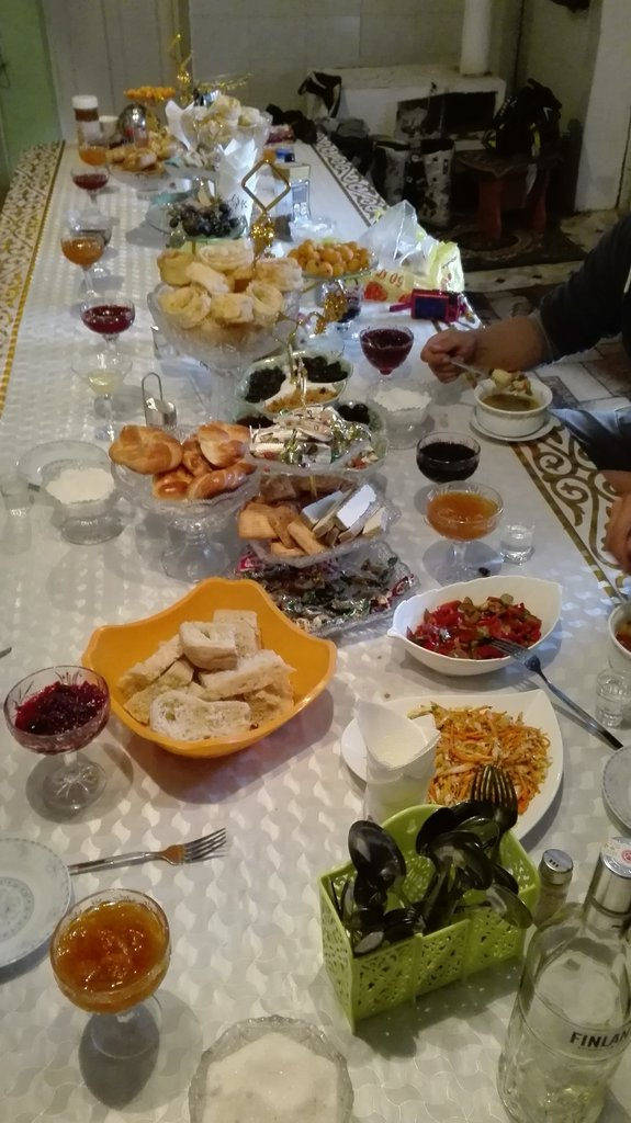 Kirgizsko švédsky stolček prestri sa