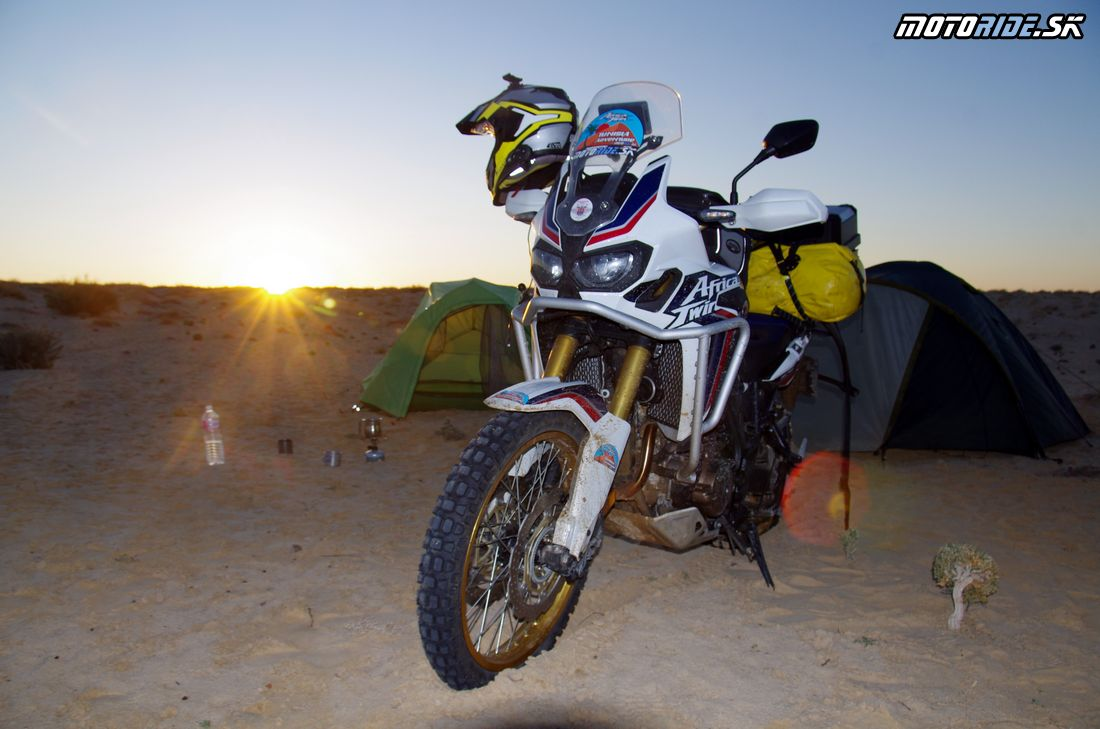 Bivak pri Nefte - Na Afrikách do Afriky - Tunisko