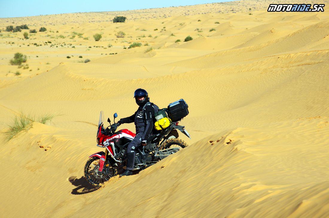 Cesta do Ksar Ghilane - bivak - Na Afrikách do Afriky - Tunisko