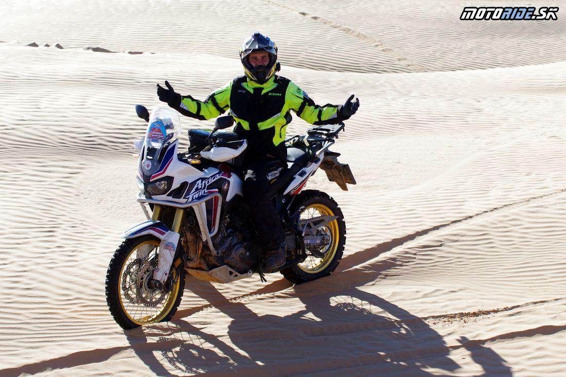 NO PROLBLEM Africa Twin - Duny cestou na stolovú horu El Mida - Na Afrikách do Afriky - Tunisko