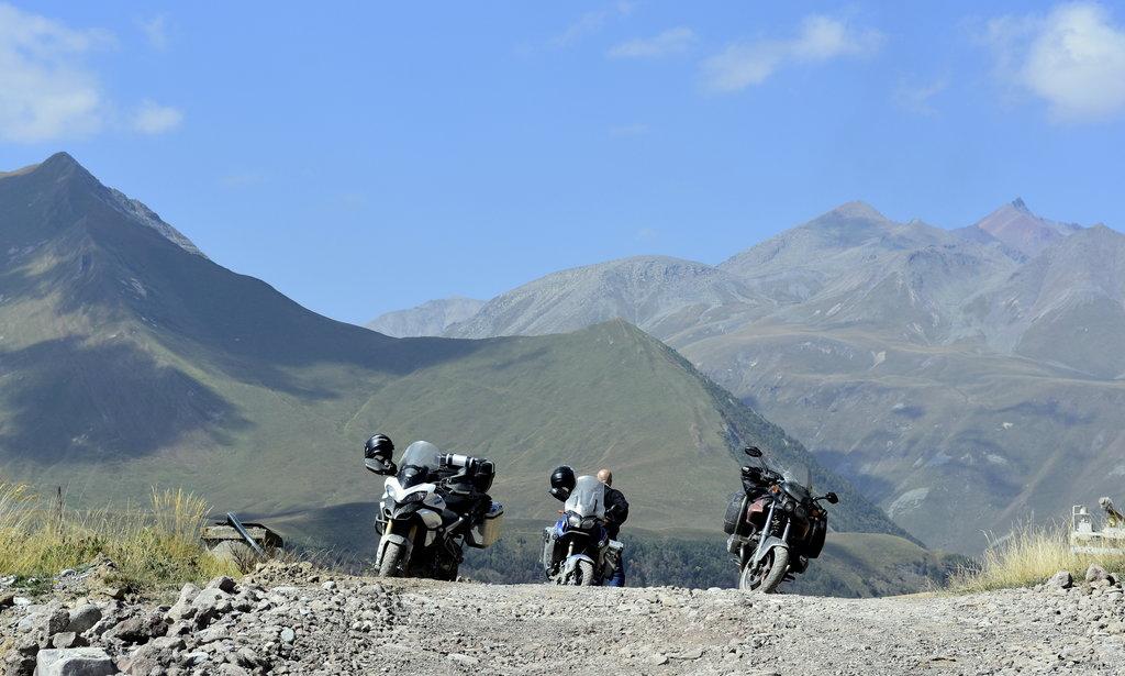 Chvíľka oddychu na Starej vojenskej ceste v Gruzínsku