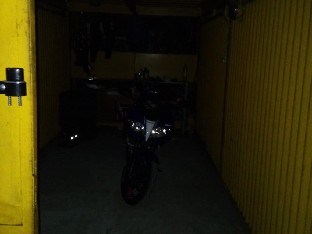 sv650 garaz