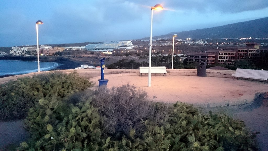 Pláž La Caleta - vyhliadka, Tenerife, Španielsko - Bod záujmu