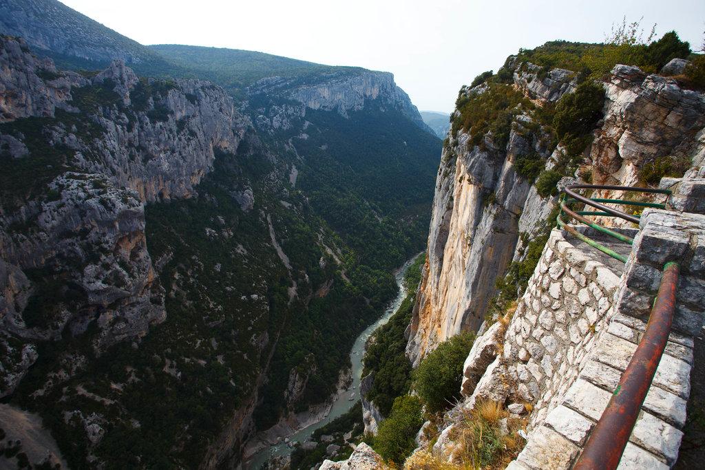 Kaňon Verdon. Hlbší v Európe je len kaňon rieky Tara v Čiernej hore.