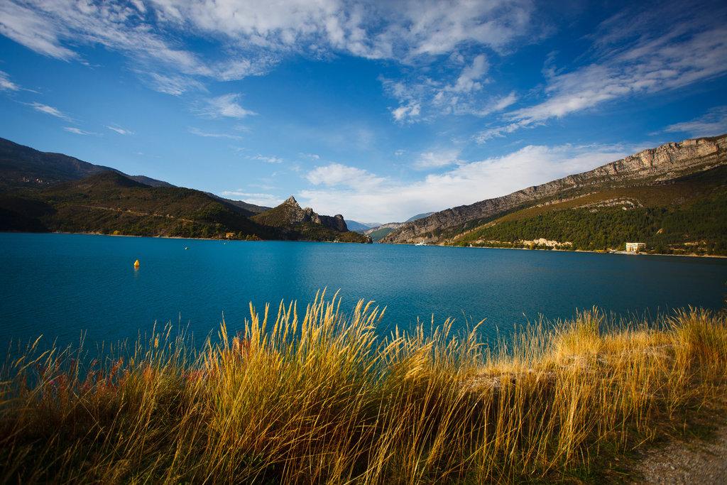 Priehrada Lac de Casillon.