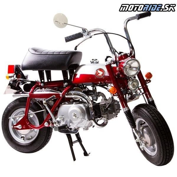 Honda Monkey 1970 - Prvá verzia s rýchlo demontovateľným predným kolesom umožňujúca prepravu v kufri malého automobilu