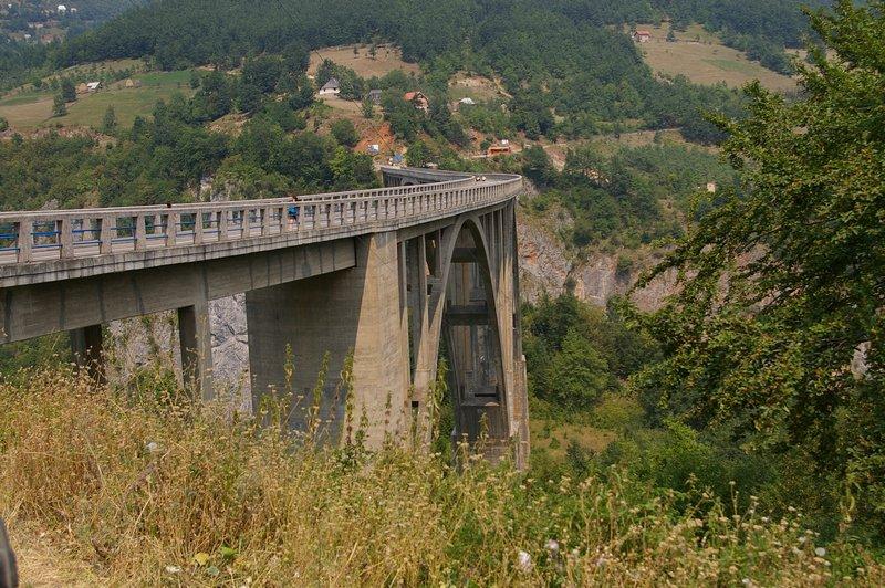 Most cez rieku Tara (Čierna hora)