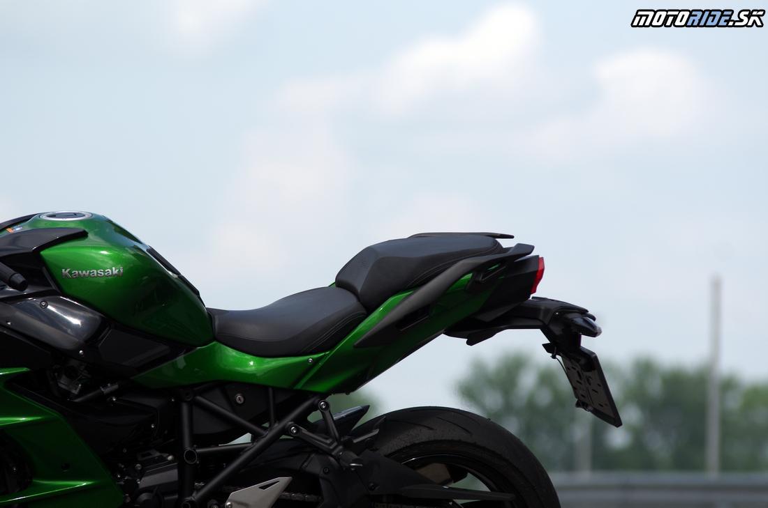 Kawasaki Ninja H2 SX 2018 - Kawasaki Track Day 2018