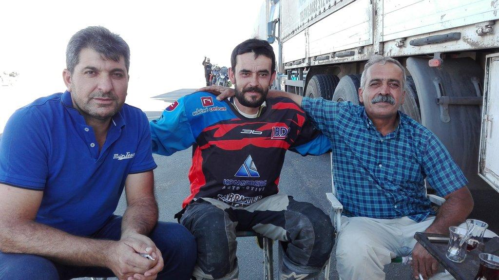 kurdi, nie všetci :) ten v strede som ja