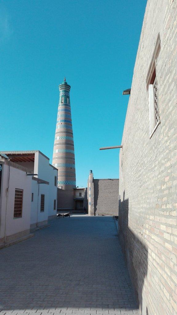 Khiva minaret, jeden z mnohých v starom meste