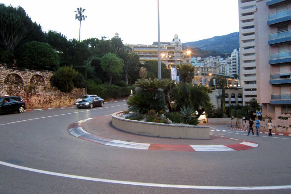 Vlásenka pri Grand Hoteli - Monako, mestský okruh F1, Monako - Bod záujmu