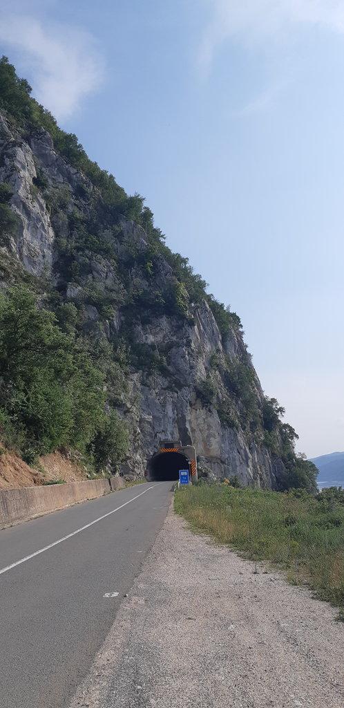 Serbia - tunel č. 4
