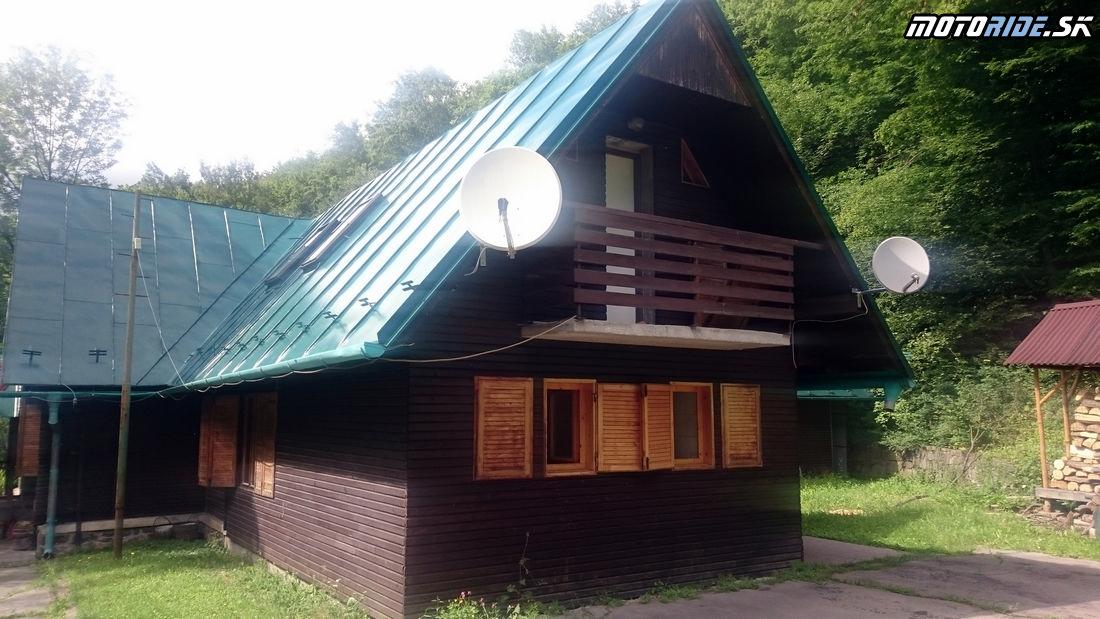 Chata pod Končitou, Kamenec pod Vtáčnikom