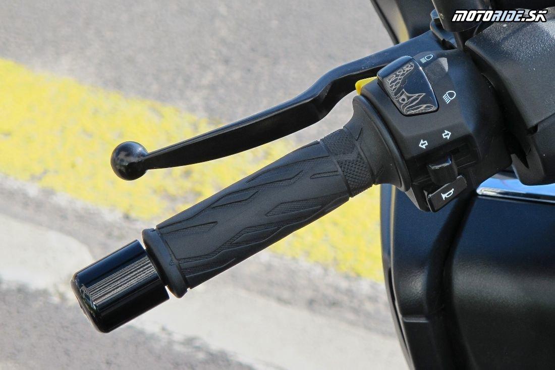 Pán Mesto - maxiskúter Suzuki Burgman 400 v našich rukách