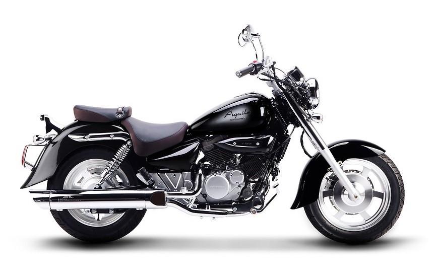 Hyosung GV 125 – spoľahlivý kórejský výrobca a vidlicový dvojvalec - zrejme najlepšia voľba na kúpu nového motocykla v kategórii cruiser do 125 ccm (Foto: www.motocykle125.pl)
