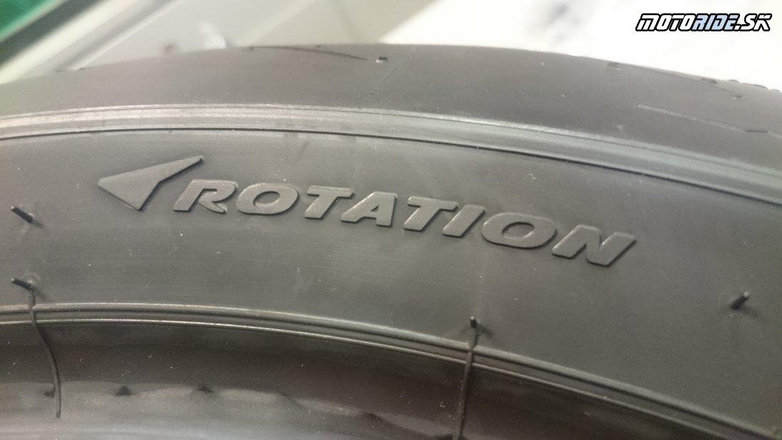 Šípka rotácie pneumatiky - Označovanie moto pneumatík - význam, rozmery, indexy nosnosti, rýchlosti