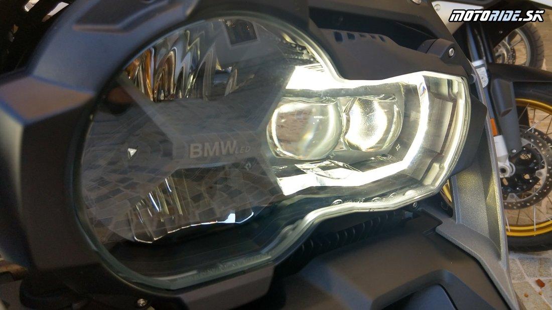 Testujeme nové boxery BMW R 1250 GS a RT 2019